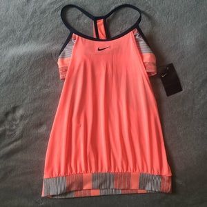 Nike work out top